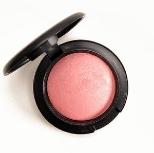 LE MAC azalea in the afternoon blush